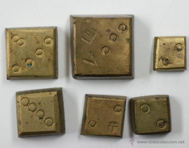 Antigüedades: BALANZAS DE PRECISIÓN Y PESAS ANTIGUAS EN ESTUCHE DE 17 CM DE LARGO, VER FOTOS. - Foto 3 - 41873371