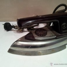 Antigüedades: ANTIGUA PLANCHA ELECTRICA . Lote 42170395