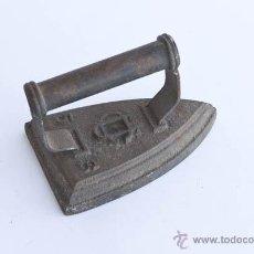 Antigüedades: PLANCHA FUNDICIÓN ANTIGUA. Lote 42355282