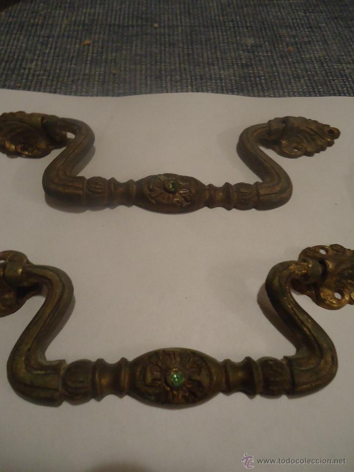 Antigüedades: 2 tiradores en bronce - Foto 2 - 42439967