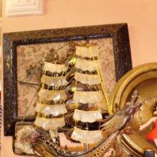 Antigüedades: ANTIGUO BARCO CHINO CON DRAGON EN CAREY O SIMILAR PIE EN MADERA. Lote 42549357