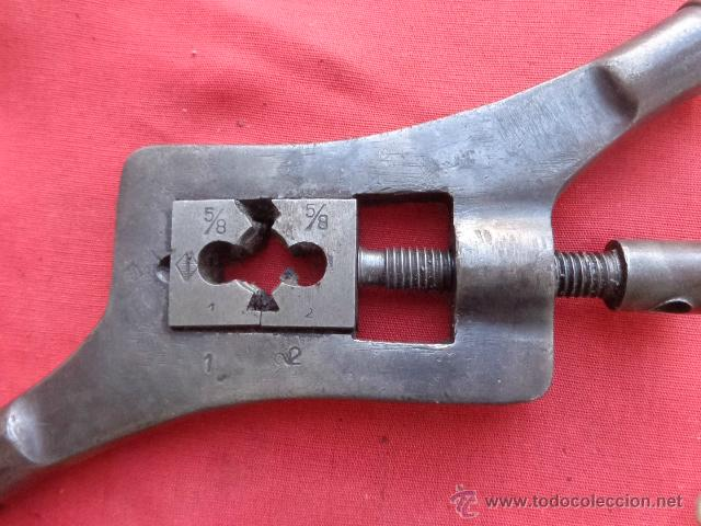 Antigüedades: Antigua maquina para hacer roscas Ros-1 - Foto 4 - 42584364