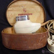 Antigüedades: VINTAGE, PRECIOSA MAQUINILLA DE AFEITAR PHILIPS MEDIADOS SIGLO XX. Lote 42681151