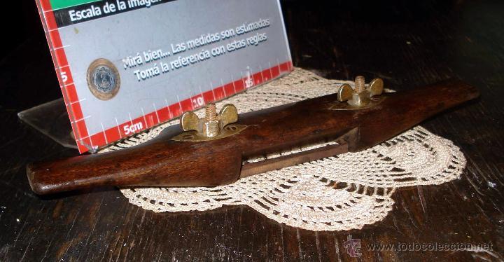 Antigüedades: Antiguo Bastren de Luthier ajustable base bronce y madera dura Circa 1930 - Foto 6 - 42708490