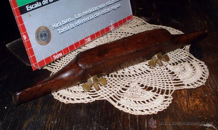 Antigüedades: Antiguo Bastren de Luthier ajustable base bronce y madera dura Circa 1930 - Foto 7 - 42708490