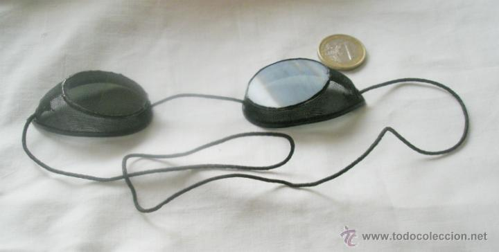 ANTIGUAS GAFAS DE SOLDADOR, MUY CURIOSAS, CRISTALES OSCUROS, UNO RAJADO. PRIMER TERCIO S,XX (Antigüedades - Técnicas - Instrumentos Ópticos - Gafas Antiguas)