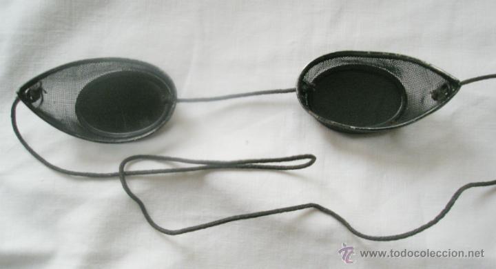 Antigüedades: Antiguas gafas de soldador, muy curiosas, cristales oscuros, uno rajado. Primer tercio S,XX - Foto 3 - 42749091
