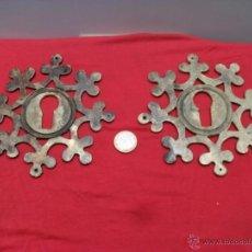 Antigüedades: 2 BOCALLAVES ANTIGUOS EN BRONCE,GRAN TAMAÑO,14 CM DIAMETRO. Lote 42804193