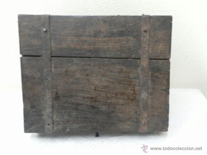 Antigüedades: Caja con Herrajes. Siglo XV / XVI. - Foto 6 - 42853211
