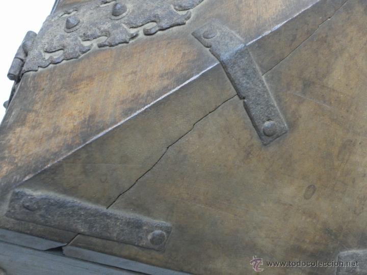 Antigüedades: Caja con Herrajes. Siglo XV / XVI. - Foto 9 - 42853211