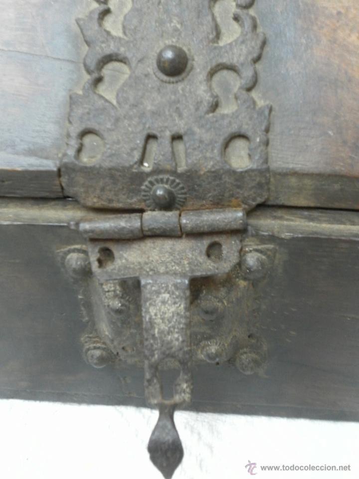 Antigüedades: Caja con Herrajes. Siglo XV / XVI. - Foto 12 - 42853211