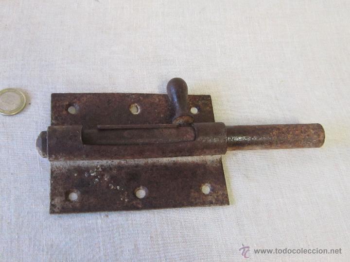 PASADOR ANTIGUO DE FORJA (Antigüedades - Técnicas - Cerrajería y Forja - Pestillos Antiguos)