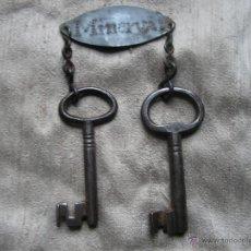 Antigüedades: LLAVES ANTIGUAS CON LLAVERO. MEDIDA 92MM Y 86MM.. Lote 42916058