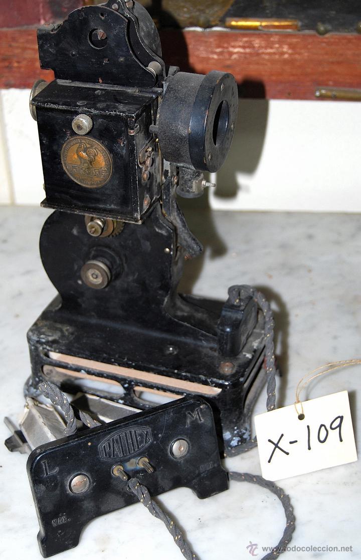 Antigüedades: PROYECTOR CINEMATOGRÁFICO PATHE-BABY - 109 - Foto 2 - 43043213