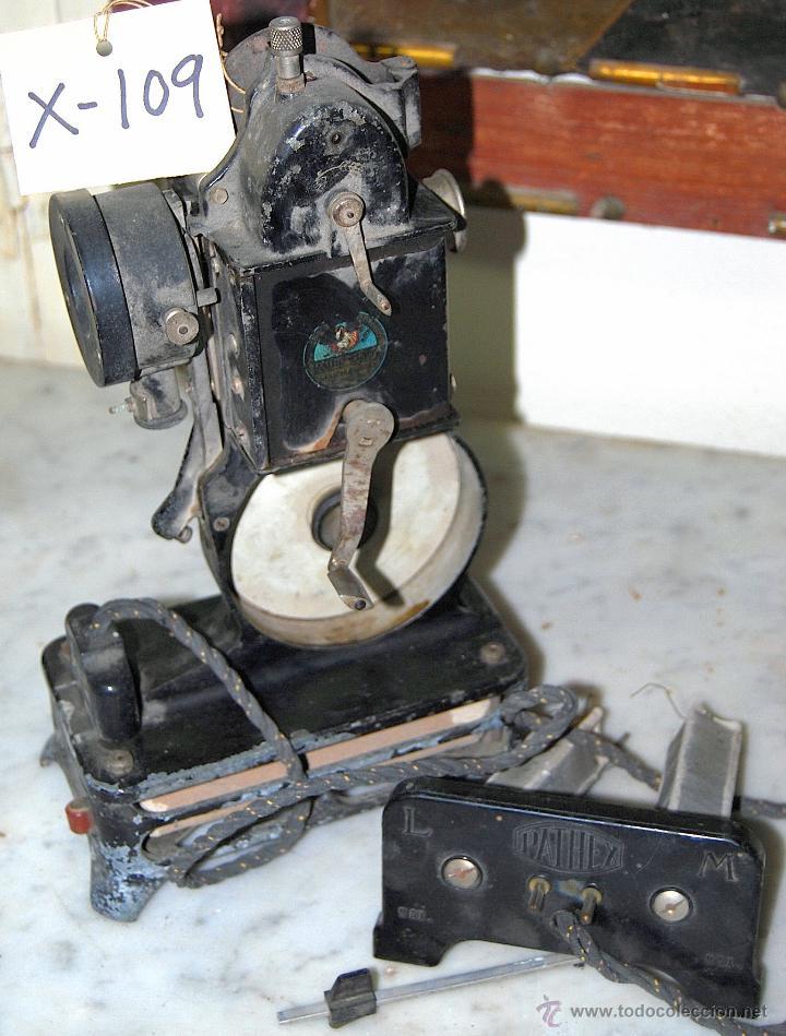 Antigüedades: PROYECTOR CINEMATOGRÁFICO PATHE-BABY - 109 - Foto 3 - 43043213