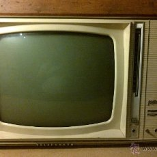 Antigüedades: TELEVISOR TELEFUNKEN MODELO FESTIVAL A VALVULAS TV. Lote 45462558