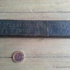 Antigüedades: ANTIGUA NAVAJA DE AFEITAR CON CACHAS DE MARFIL J.A. HENCKELS. Lote 43260459