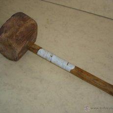 Antigüedades: MUY ANTIGUO MAZO DE MADERA - 38 CM. TOTAL. Lote 43365949