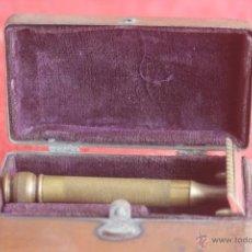 Antigüedades: ANTIGUA CUCHILLA DE AFEITAR GILLETE. Lote 43431740