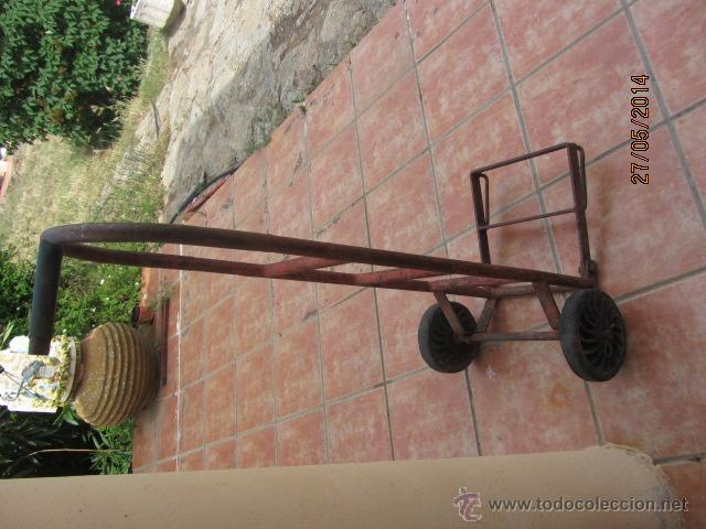Antigüedades: ANTIGUA CARRETILLA AÑOS 50 DE HIERRO - Foto 3 - 43548249