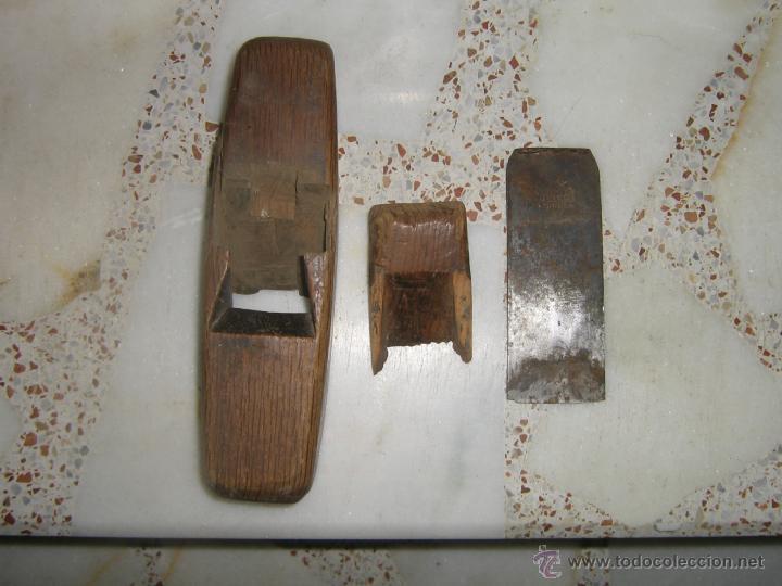 Antigüedades: ANTIGUO CEPILLO DE CARPINTERO EN MADERA - Foto 2 - 43555333