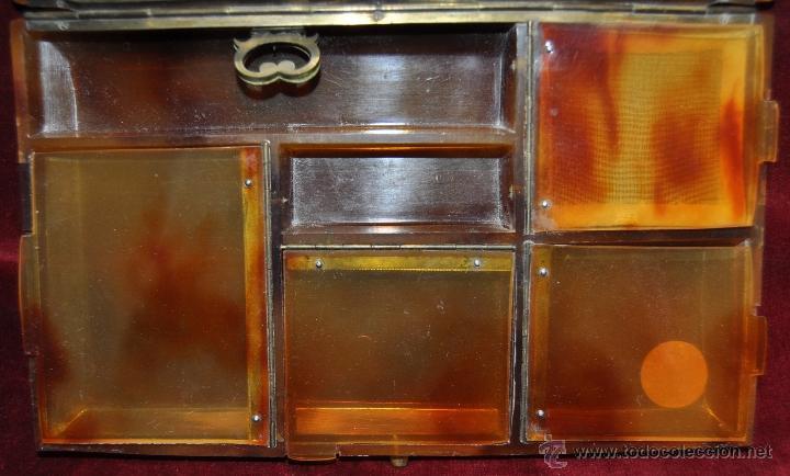 Antigüedades: COSTURERO DE MANO O VIAJE EN PASTA TIPO CAREY. CIRCA 1920 - Foto 4 - 43594806