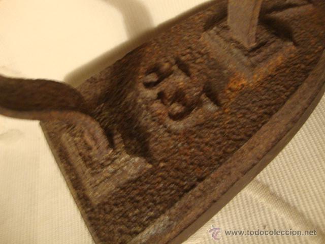 Antigüedades: ANTIGUA PLANCHA DE HIERRO COLADO, ES DE F.F. S.XIX, HACIA 1875. LOT175 - Foto 2 - 43697527