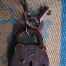 Antigüedades: ANTIGUO CANDADO 5,5 CM, CON 2 LLAVES, BELFRY REG. BRAND, FUNCIONA.. Lote 43734454