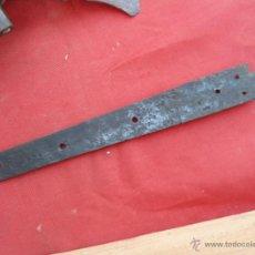Antigüedades: ANTIGUA BISAGRA B-54. Lote 43802347