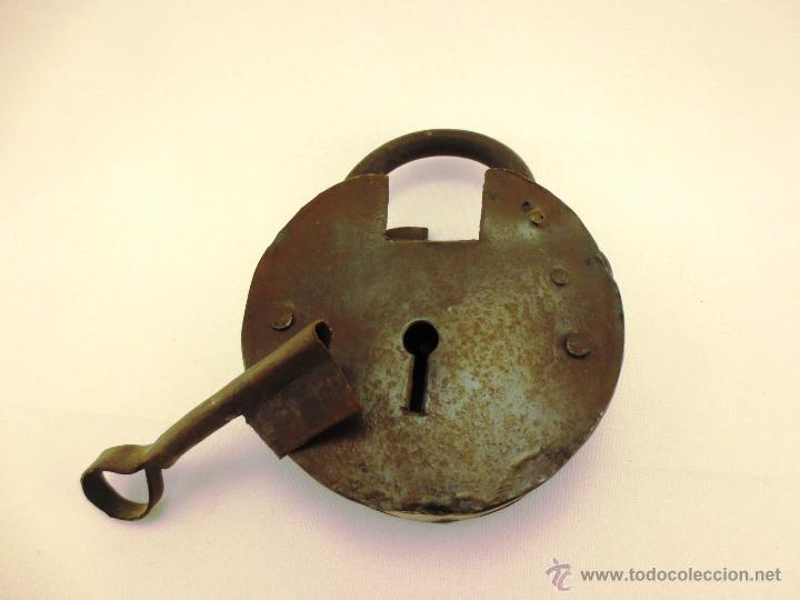 CANDADO CON LLAVE (Antigüedades - Técnicas - Cerrajería y Forja - Candados Antiguos)