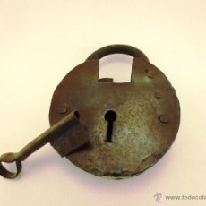 Antigüedades: CANDADO CON LLAVE. Lote 43829096