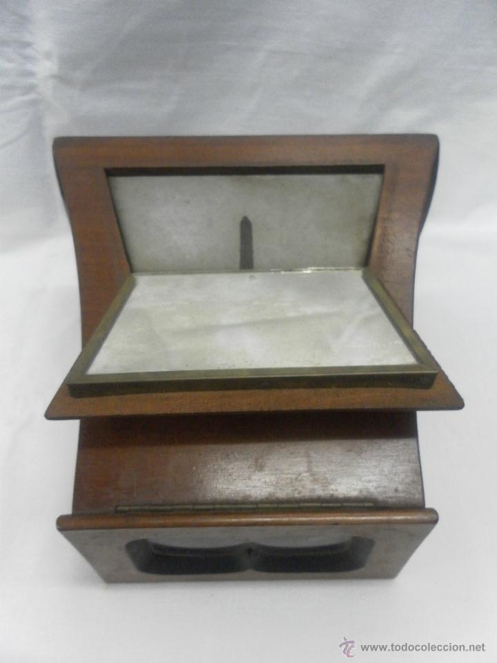Antigüedades: Visor estereoscópico de caoba. Siglo XIX / XX. Se acompaña con 9 vistas - Foto 2 - 43844505