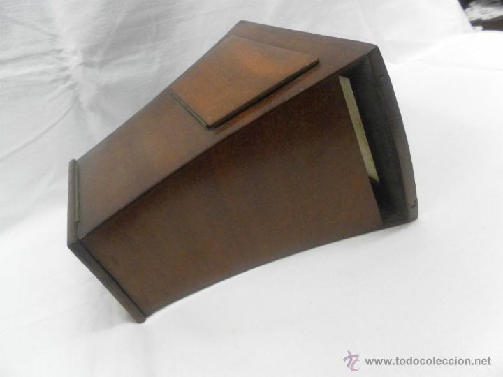 Antigüedades: Visor estereoscópico de caoba. Siglo XIX / XX. Se acompaña con 9 vistas - Foto 4 - 43844505