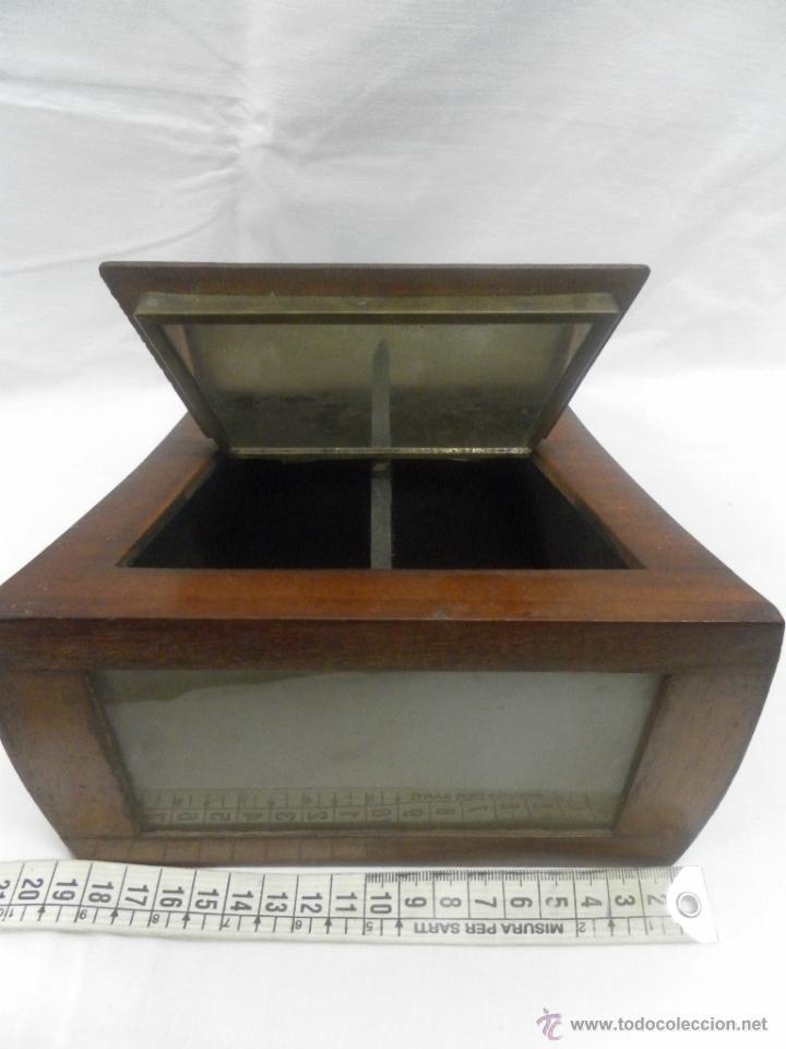 Antigüedades: Visor estereoscópico de caoba. Siglo XIX / XX. Se acompaña con 9 vistas - Foto 6 - 43844505
