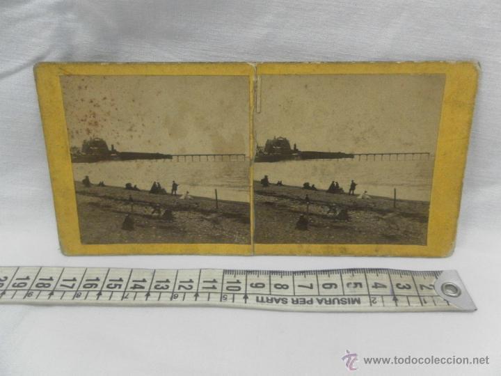 Antigüedades: Visor estereoscópico de caoba. Siglo XIX / XX. Se acompaña con 9 vistas - Foto 13 - 43844505