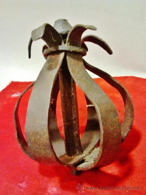 Antigüedades: Magnífico remate de verja en hierro forjado del s. XVII en forma de flor. - Foto 2 - 43873163