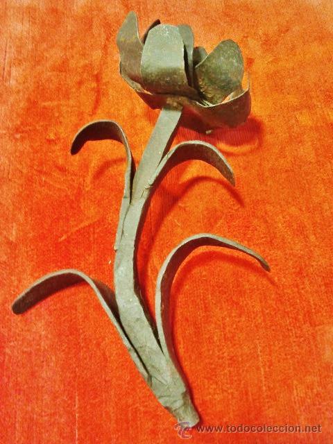 Antigüedades: Remate de verja en hierro forjado del s. XVII en forma de flor. - Foto 3 - 43873167