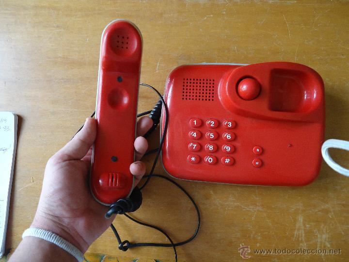 PRECIOSO TELEFONO ROJO FUNCIONANDO (Antigüedades - Técnicas - Teléfonos Antiguos)