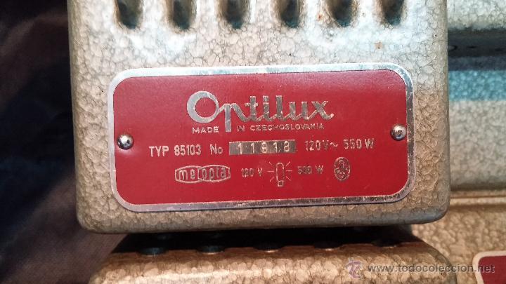 Antigüedades: Proyector de cine, muy antiguo, de origen checoslovaco, con maletín original, aceitera original,.... - Foto 28 - 44027361