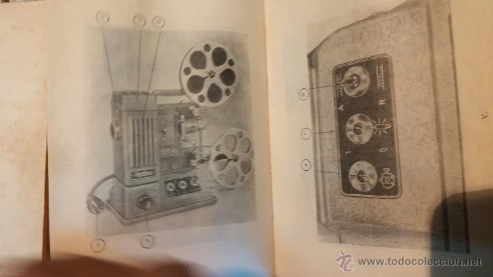 Antigüedades: Proyector de cine, muy antiguo, de origen checoslovaco, con maletín original, aceitera original,.... - Foto 72 - 44027361