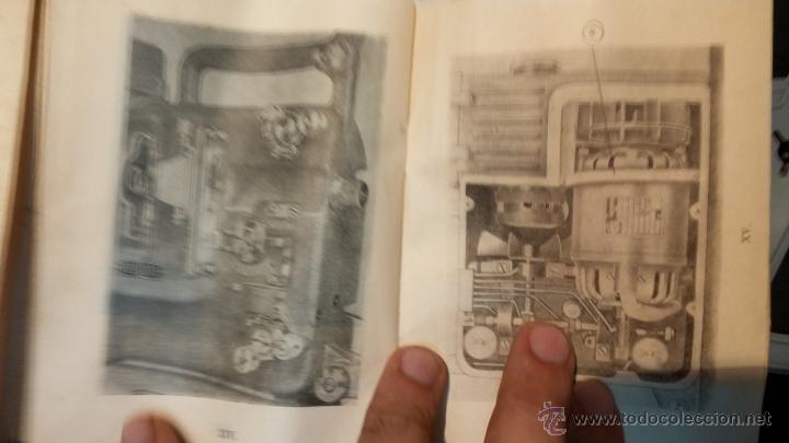 Antigüedades: Proyector de cine, muy antiguo, de origen checoslovaco, con maletín original, aceitera original,.... - Foto 74 - 44027361