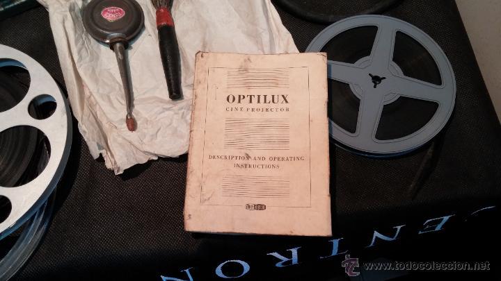 Antigüedades: Proyector de cine, muy antiguo, de origen checoslovaco, con maletín original, aceitera original,.... - Foto 75 - 44027361