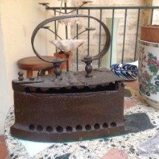 Antigüedades: ANTIGUA PLANCHA EN HIERRO. Lote 44041461