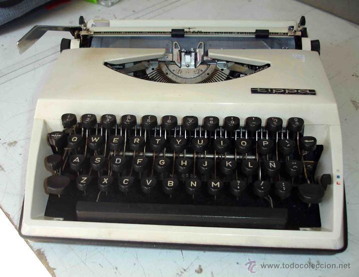 MAQUINA DE ESCRIBIR ADLER. MODELO TIPPA. (Antigüedades - Técnicas - Máquinas de Escribir Antiguas - Otras)