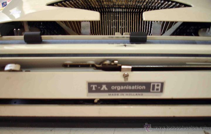 Antigüedades: Maquina de escribir Adler. modelo tippa. - Foto 2 - 44116734