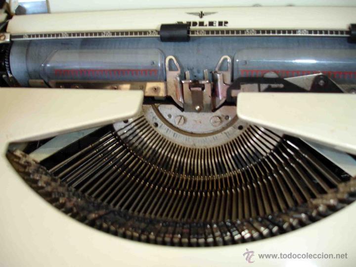 Antigüedades: Maquina de escribir Adler. modelo tippa. - Foto 3 - 44116734