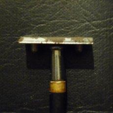 Antigüedades: MAQUINILLA DE AFEITAR. PARA PIEZAS.. Lote 44142858