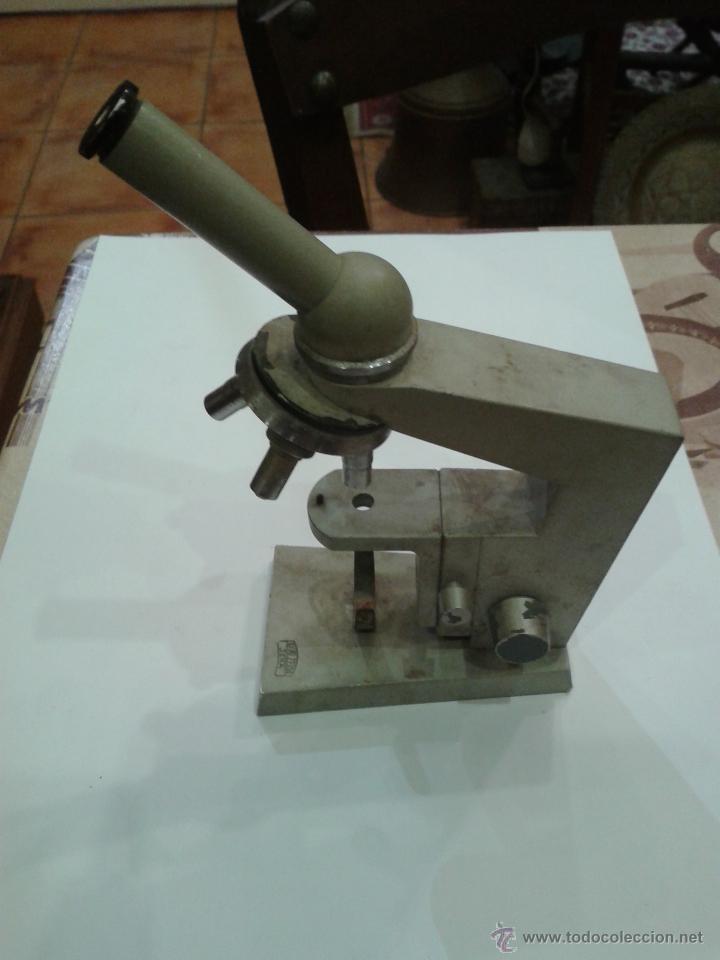ANTIGUA Y CURIOSA MAQUETA DE MICROSCOPIO MARCA CARL ZEIS JENA (Antigüedades - Técnicas - Instrumentos Ópticos - Microscopios Antiguos)