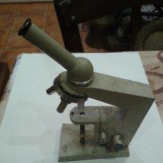 Antigüedades: ANTIGUA Y CURIOSA MAQUETA DE MICROSCOPIO MARCA CARL ZEIS JENA. Lote 44209037