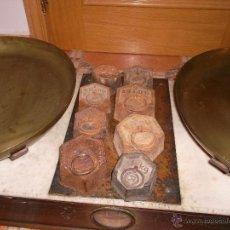Antigüedades: IMPRESIONANTE BALANZA FRANCESA CON SUS MARCAS Y SELLOS. Lote 44209336